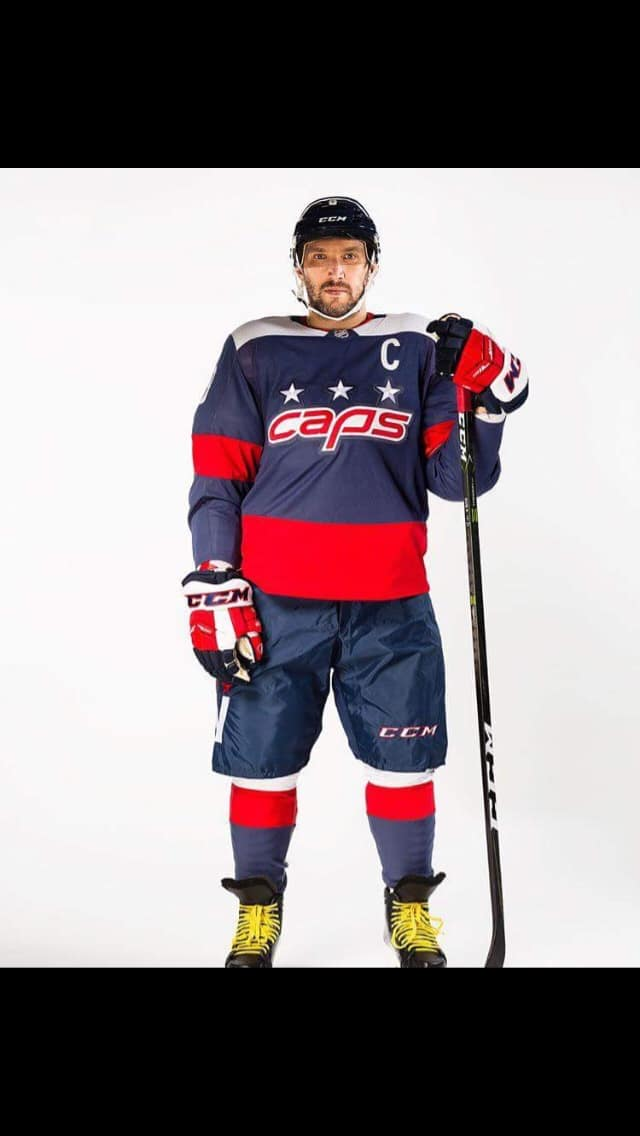 cheap for discount 9eb42 1a7ef washington capitals stadium series jersey