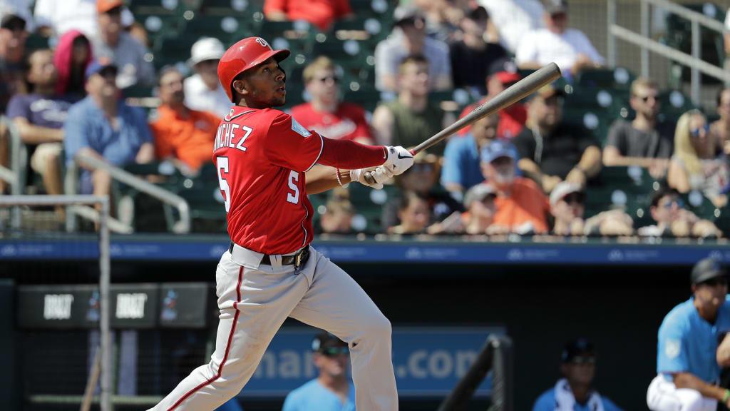 Kurt Suzuki hits a home run
