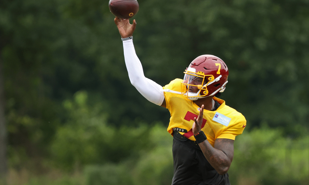 Aug 19, 2020; Ashburn, Virginia, USA; Washington Football Team quarterback Dwayne Haskins Jr. (7) passes the ball on day twenty-two of training camp at Inova Sports Performance Center in Ashburn, Virginia. Mandatory Credit: Geoff Burke-USA TODAY Sports